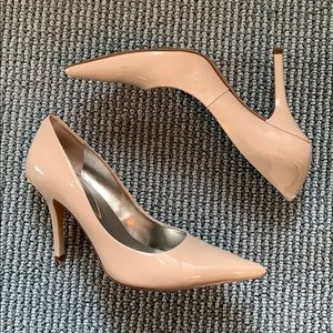 Guess patent Pointed toe Pumps. Size 7.5.